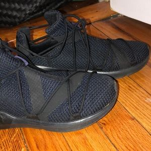 Puma Shoes - Lightly worn Puma sneakers!